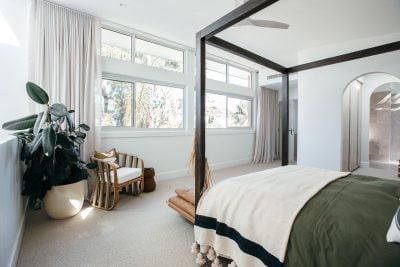 Kyal & Kara: Ascedn40 sliding windows and Paragon highlight windows in Textura Surfmist