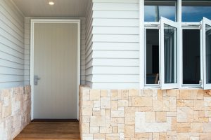 Kyal & Kara: Casement Windows and highlight windows in Pearl White, Long Jetty Reno