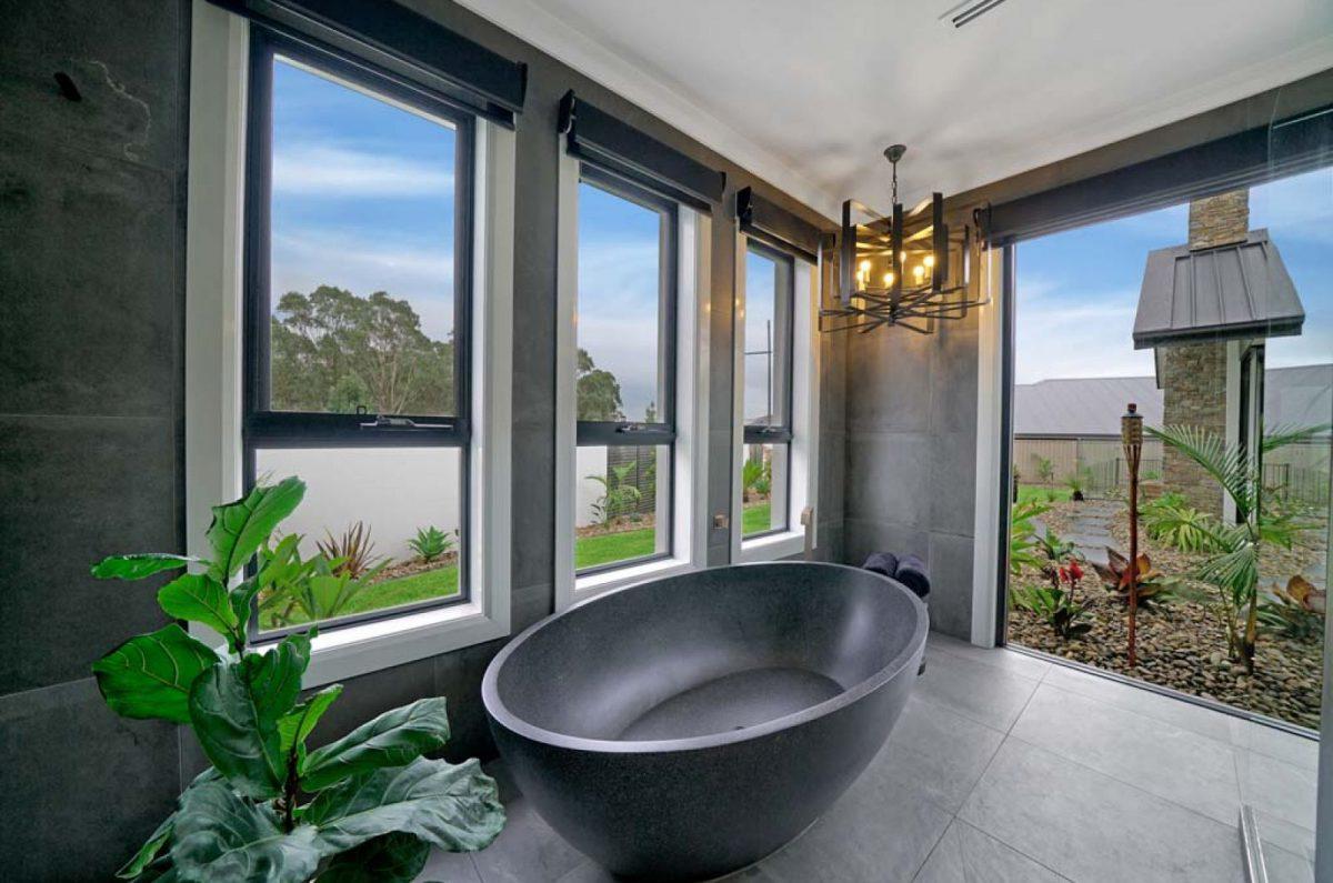 Horizon awning windows, Camelot Homes