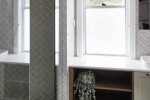 Horizon double hung windows in Pearl White