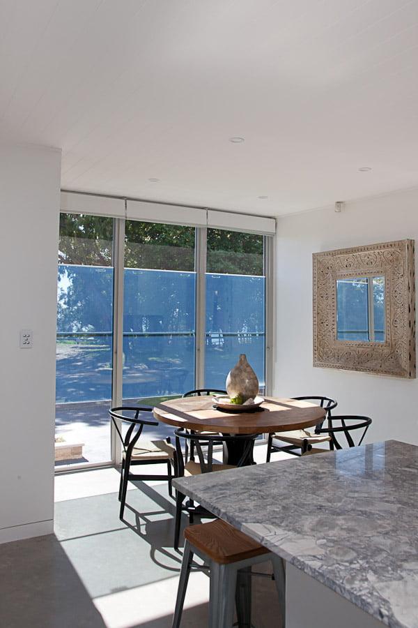 Paragon sashless windows