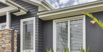 Horizon awning windows with glazing bars