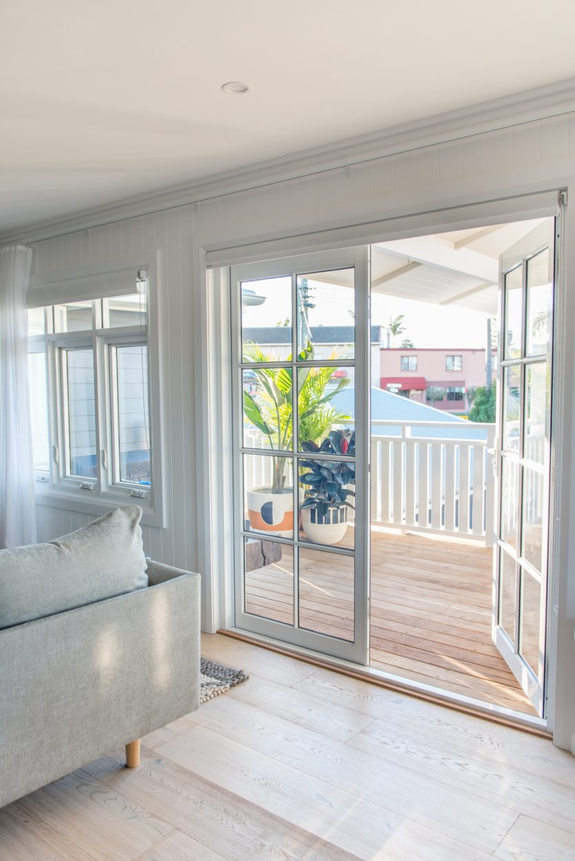 Paragon hinged doors with colonial bars in Pearl White