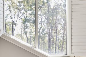 Custom design corner window