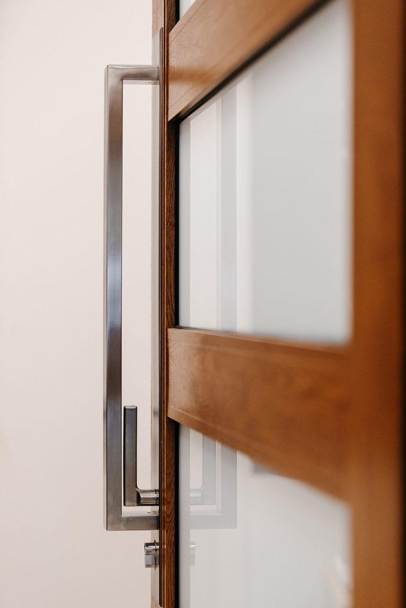 Gainsborough Omni Allure pull handle